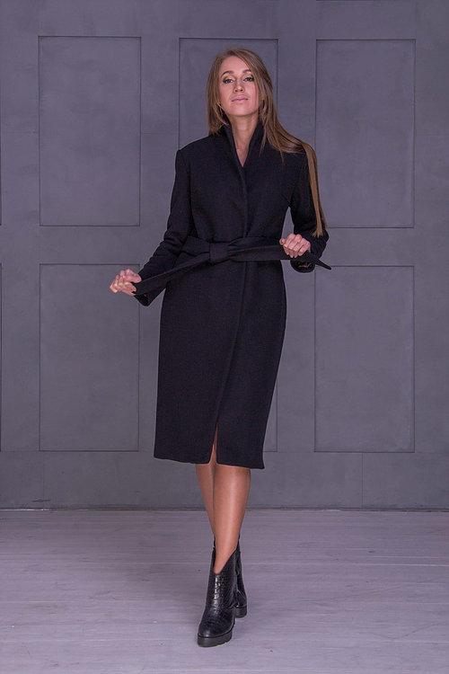 Зимнее черное пальто