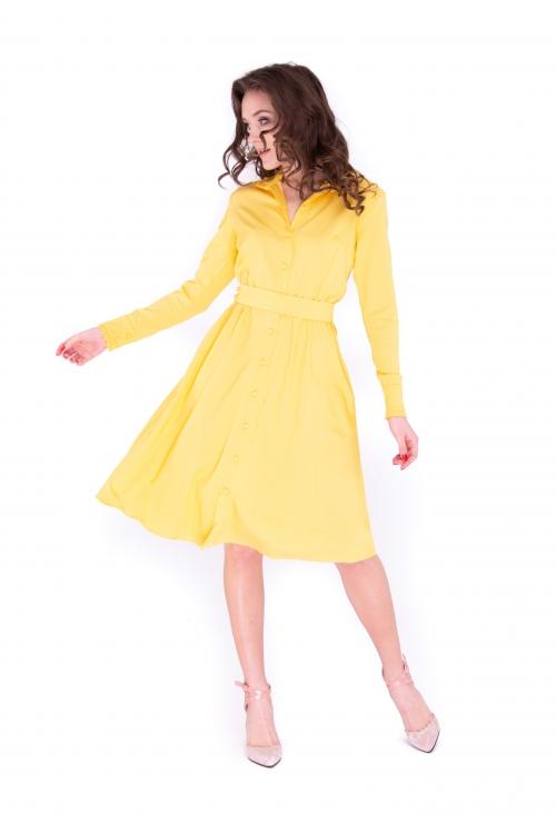 Платье с круглым воротничком