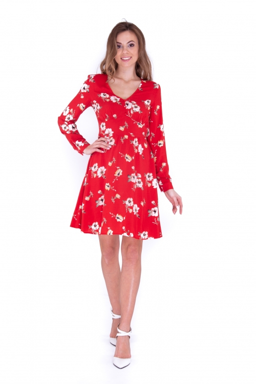 Платье с подрезом короткое